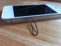 Where is the SIM card slot on an iPhone 4 Quora