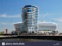 100 Marco Polo Apartments The Apartment Building Tower Strandkai Quay