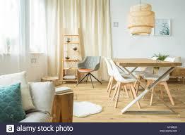 rattan le über tisch und stühle in der multifunktionalen