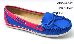 احذية بدون كعب من تجميعي images?q=tbn:ANd9GcT