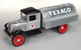 Texaco 1931 Hawkeye Tanker Truck (Brushed Metal Version) 1:34 Scale Amazoncom Ertl 9385 1925 Kenworth Stake Truck Toys Games Texaco Cast Metal Red Tanker Truck By Ertl For Sale Antiquescom Vintage Toy Fuel Tractor Trailer 1854430236 Beyond The Infinity 1940 Ford Pickup With Lot Detail Two 2 Trucks Colctible Set Schrader Oil Vintage Buddy L Gas Pressed Steel Antique Tootsietoy 1915440621 Sold Diamond T 522 Livery Rhd Auctions 26 Andys Toybox Store 273350286110 1990 Edition 7 Stake Coin Bank Collectors Series 9 1961 Buddy