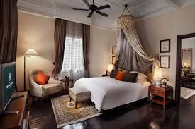 Colonial Style Bedroom Decor Furniture And Home Fabrics