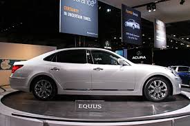 Hyundai brings Equus luxury sedan to the New York