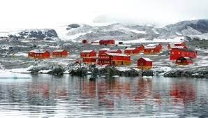 104 Antarctica House The Antarctic Population Who Lives In