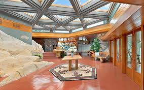 100 Frank Lloyd Wright Houses Interiors This Private Island Has Two Homes And