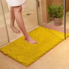 bad teppich rutschfeste gelbe bad teppiche weich und