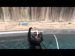 pool tile cleaning services