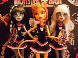 Monster High Twin Bed Set by Monster High Fearleading 3 Pack Dolls Review And Unboxing Youtube