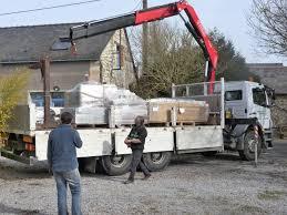 commande et livraison de matériaux carnet de chantier au féminin
