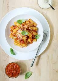 pates a l amatriciana pasta all amatriciana recette les pates en cuisine et pâtes