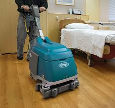 Tennant Floor Scrubber T3 by Tennant T3 Disk 20 Inch Floor Scrubber Traction Drive Minuteman