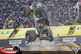 100 Monster Truck World Finals Jam XVIII Over Bored Official