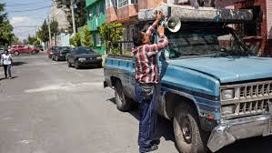 100 Girls On Trucks Whos That Voice Asking For Scrap Metal In Mexico A 10YearOld