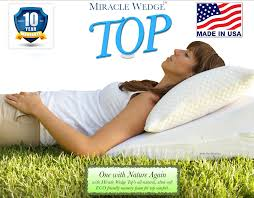 Bed Wedge Acid Reflux by New The Miracle Wedge Top Pillow Wedge Pillow