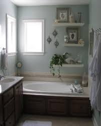 Bathroom Wall Decor Ideas Pinterest by Wall Decor Ideas For Bathrooms 1000 Ideas About Bathroom Wall