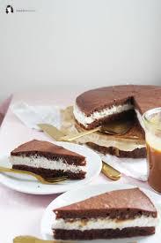 milchschnitten torte mit salzkaramell kern aus der springform
