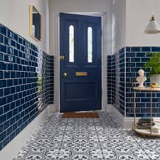 2018 Tile Trends: Tiling Ideas For Your Home - Walls And Floors ... Small Bathroom Ideas Small Decorating On A Budget Bathroom Tile Ideas Full Layout Inspiration Renovations The Four Laws Of Tiling For Kitchens And Bathrooms Top 20 Trends 2017 Hgtvs Decorating Design 8 Remodeling Budget Wall Patterns Tiles Floor Decorative Better Homes Gardens New Remodel 25 Best About Designs On Pinterest 30 Beautiful For 2019 Shop Whats The My Straight Or Staggered