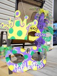 Burlap Mardi Gras Door Decorations by 35 Best Mardi Gras Door Hangers Images On Pinterest Burlap