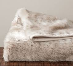 Cable Knit Throw Pottery Barn by Faux Fur Throw Pottery Barn Light Fox Or Brown Bear Cozzzy