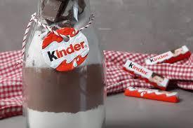 kinder schokolade backmischung im glas als geschenk aus der