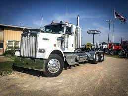USED 2003 KENWORTH W900 TANDEM AXLE DAYCAB FOR SALE IN MS #6636