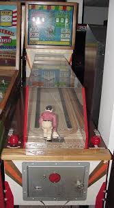 This Game Was Reissued By Williams In 1970 As Mini Bowl Right The Mechanical Animation 1951 Sea Jockeys Each Pop Bumper On Playfield
