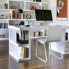 surface minimale bureau bureau pour travailler table en bois soignace avec une table dans