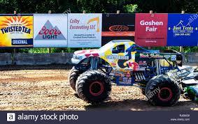 100 Black Stallion Monster Truck Extreme Crushing Cars Stock Photos Extreme