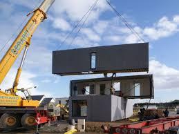 le montage d une maison modulaire en bois assemblage maison