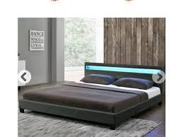 schlafzimmer bett led
