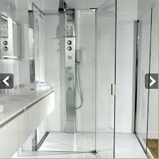 salle de bain a l italienne salle de a l italienne salle de bains avec baignoire et
