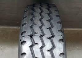 100 Triple R Trucks Black Color Truck Bus Adial Tyres Zigzag Grooves Anti Sideslip