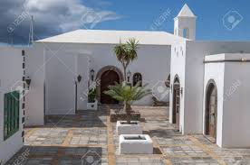 100 Beautiful White Houses Lanzarote Beautiful White Houses Where You See The Contrast Of