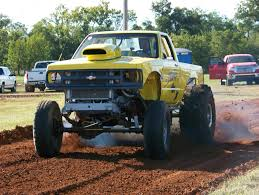 Mud Drag Racing Trucks Image Information