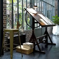 bureau a dessin marvelous table a dessin industriel 6 bureau architecte dessin