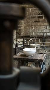 waschtisch im industriedesign industrial badezimmer