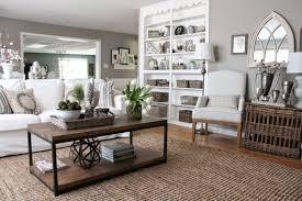 mit dem trendigen farbtrio grau braun weiß den wohnbereich