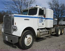 1988 Freightliner FLC-64T Semi Truck | Item D2366 | SOLD! Ap... How To Drive A Semi Truck Manual 10 Speed Youtube Peterbilt Semi Gets Transmission Swap Eatons Ultrashift Plus Now Compatible With Twospeed Axles Truck News Parts In Fairbanks Ak Used Aftermarket Caridcom Chery Tiggo 5 Automatic Professional For Over 1200 Kenworth Tractors Are Being Recalled New Gear Reduction For The Tamiya 3 Transmission Rc 40ton Axle Trucks Flat Bed Volvo Manual Tramissions History Five Years Semitruck Traing Now Available Banks Freightliner Super Turbo Pikes Peak