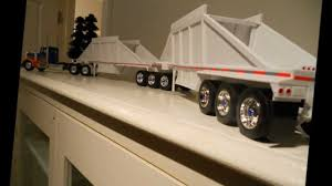 Super B Train Bottom Dumpers With Peterbilt 379 Longhood 1:32 Scale ... Long Haul Trucker Newray Toys Ca Inc 132 Scale Custom Fedex Hooking Up Pups Youtube Tamiya 110 Team Hahn Racing Man Tgs 4wd Semi Truck Kit Ford Aeromax Tractor Snaptite Model Monogram 1216 1 Peterbilt Italeri 125 Weathered Model Ideas Pinterest Trucks Big Rigs Tonkin Dcp Post Them Up Page 11 Hobbytalk Amazoncom Ertl Farm 579 With John Deere 4 Super B Train Bottom Dumpers 379 Longhood Model Trucks Diecast Tufftrucks Australia Siku Control Rc Us Trailer In Auflieger Im 6204dwellyfreightlinercolumbiaactortruck132diecast Bevro Intertional Webshop