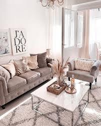 maisonberi hat ihrem wohnzimmer das sommerkleid angezogen