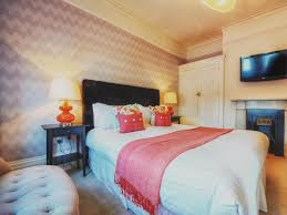 Bedroom Excellent Home Interior For Teenage Girl Design Ideas With Fascinating Wall Color Paint And Latest Tv Led Also Elegant Round Drum Desk
