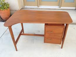 American Of Martinsville Dining Room Set by American Of Martinsville Mid Century Walnut Boomerang Floating