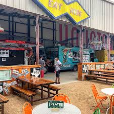 100 Food Trucks In Houston Why All The Vanished From East Downtowns Truck Yard