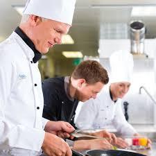 equipe de cuisine l équipe du centre de formation professionnel en gastronomie française