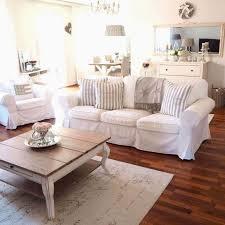 deko landhausstil wohnzimmer konzept worauf sie achten
