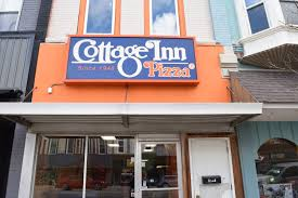 Charlotte MI Pizza Delivery & Restaurant