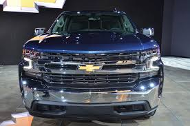 New Chevy Silverado 1500: Pick-up For The US Masses Updated For 2019 ... New Chevy Diesel Truck Best Image Kusaboshicom Ricky Carmichael Performance Sema Concept Motocross Cars In Dream Core Of Capability The 2019 Chevrolet Silverados Chief Engineer On Kenny Kent Blog News Evansville Jasper In Toughnology Shows Builtin Strength Concepts Strong Persalization 2018 Silverado 1500 4wd Reg Cab 1190 Work At Hd Has Unseen Goodies Aplenty Gm Authority 2015 Chevroletgmc Trucks Suvs With 62l V8 Get Standard 8speed Chevys Dieselpowered Colorado Zr2 Is One Helluva Cool Reveals New Front End Design For 2017 Gmc