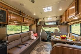 Class C Motorhome 28 30 Ft Slideout Von Road Bear RV Rental