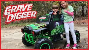 Monster Jam Grave Digger 24-Volt Battery Powered Ride-On Power ... Grave Digger Truck Wikiwand Hot Wheels Monster Jam Vehicle Quad 12volt Ax90055 Axial 110 Smt10 Electric 4wd Rc 15 Trucks We Wish Were Street Legal Hotcars Ride Along With Performance Video Truck Trend New Bright 18 Scale 4x4 Radio Control Monster Wallpapers Wallpaper Cave Power Softer Spring Upgrade Youtube For 125000 You Can Buy Your Kid A Miniature Speed On The Rideon Toy 7 Huge Monster Jam Grave Digger Hot Wheels Truck