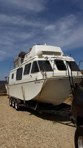 Dorsett Marine Vinyl Floor Canada by 45 Best Cuddy Cabin Boats Images On Pinterest Boating Boats And